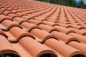 how long does a tile roof last in Arizona